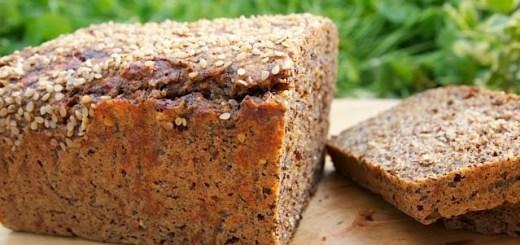 Paine fara făină - pâine cu semințe pisate