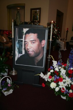 Mourners filled the church to overflowing for Chauncey Bailey's funeral Aug. 8, 2007. - Photo: Minister of Information JR