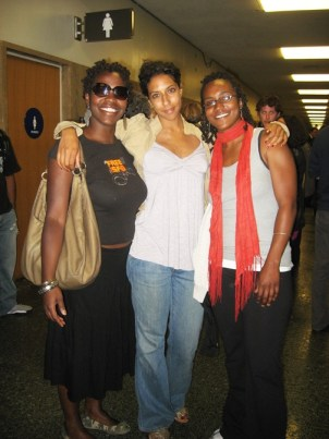 Maisha of Legal Svcs for Prisoners With Children, and friends, Bree and Nzinga at SF 8 hearing 062909 by Wanda