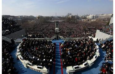 President Barack Obama delivers his inaugural address to a crowd of millions at high noon on Tuesday, Jan. 20, 2009. The first African American president stands on the steps of the U.S. Capitol, built by slaves. – Photo: EPA