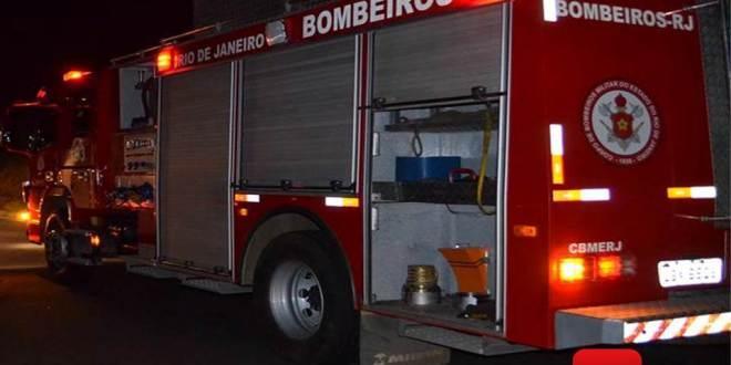 bombeiro caminhão
