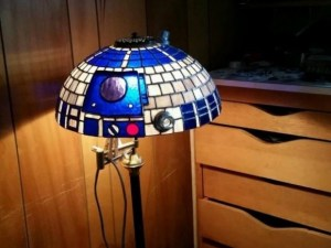 Stained Glass R2-D2 Lamp