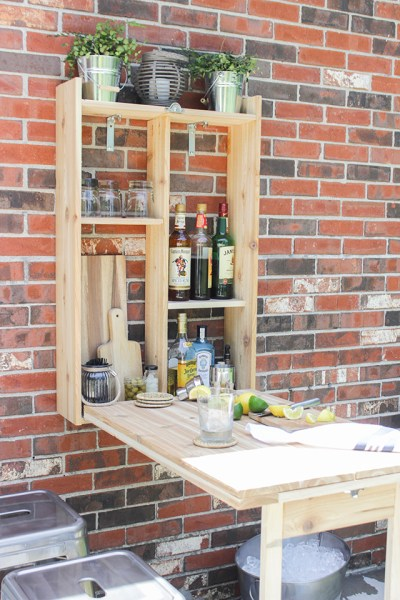 How to Build an Outdoor Murphy Bar
