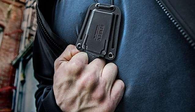 Gerber neck knife