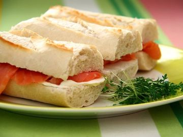 Salmon Cream Cheese Sandwiches - Photo by Katrin Morenz from Aachen, Deutschland