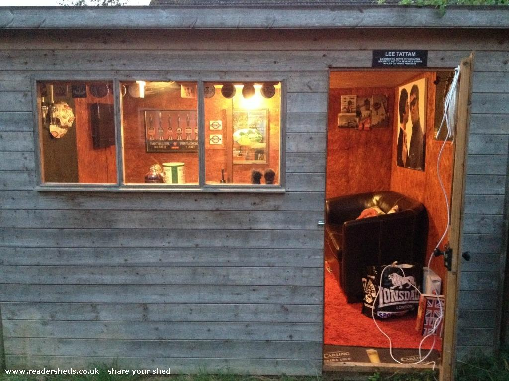 12 More Amazing Pub Sheds - You Would Love To Have In Your Garden