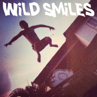 Esta será la portada del single debut de Wild Smiles