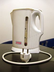 Finding a copyright-free Disney-related image proved impossible. So here' s a picture of a kettle instead.