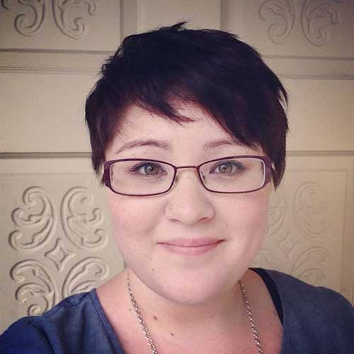 Short Haircuts for Fat Faces-19