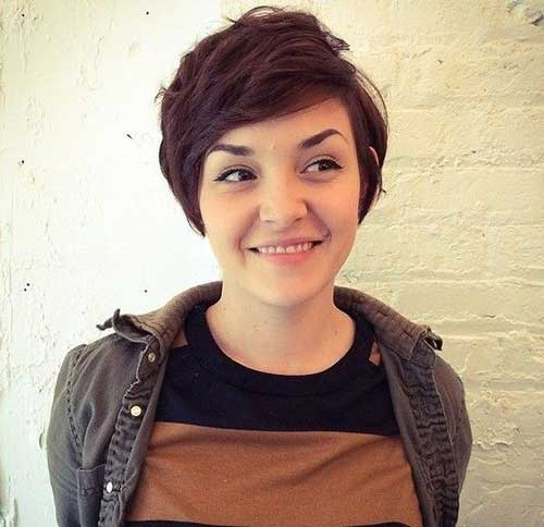 Pixie Short Haircuts for Round Faces