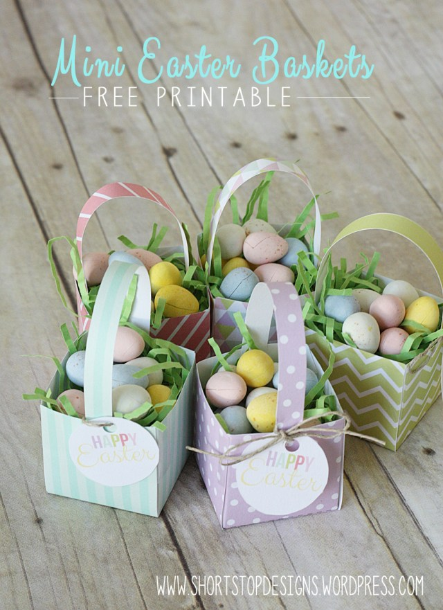 Mini Easter Baskets Display