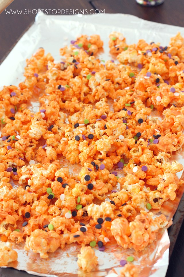trick-or-treat-popcorn-munch-0