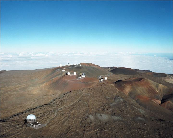 artist concept of the tmt observatory on mauna kea