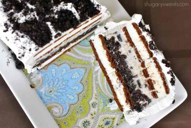 Cookies 'n Cream Ice Cream Cake: super easy and versatile recipe, perfect any time of year!