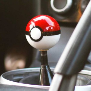 Pokemon Pokeball Shift Knob