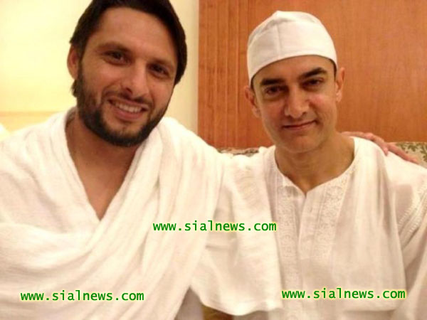 Shahid Afridi and Amir Khan in Saudi Arabia