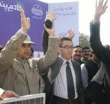 Shahbaz Sharif distribute Solar Home Systems in Bahawalpur (21)