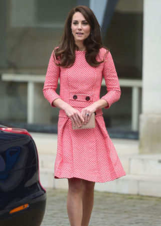 gallery-1490291863-hbz-kate-middleton-0323-getty