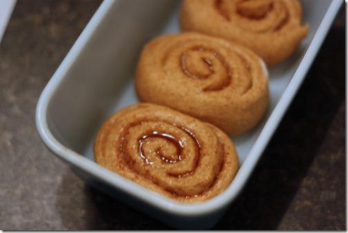 fresh baked cinnabons