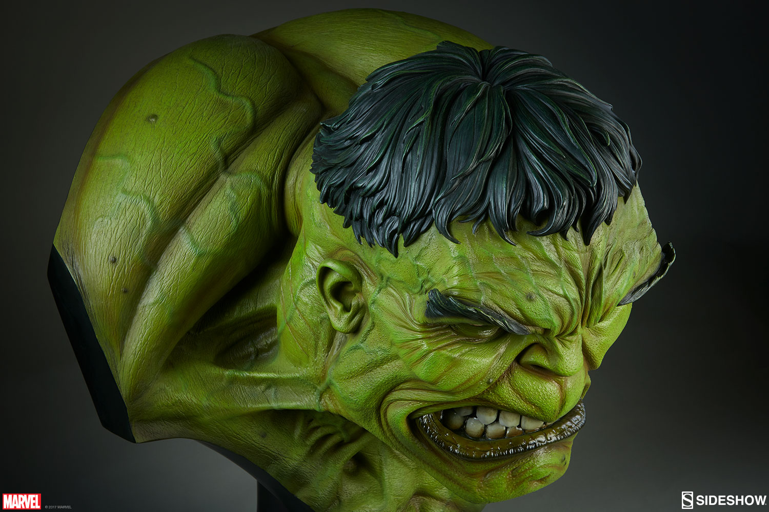 Marvel The Incredible Hulk Life Size Bust by Sideshow Collec         The Incredible Hulk Life Size Bust
