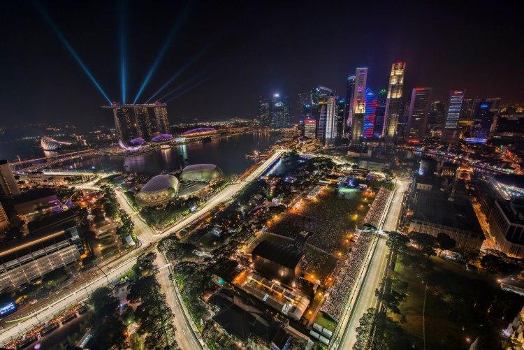 1_singapore_f1_night_race_2012_city_skyline