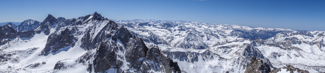 Palisades and Monarch Divide from the north.