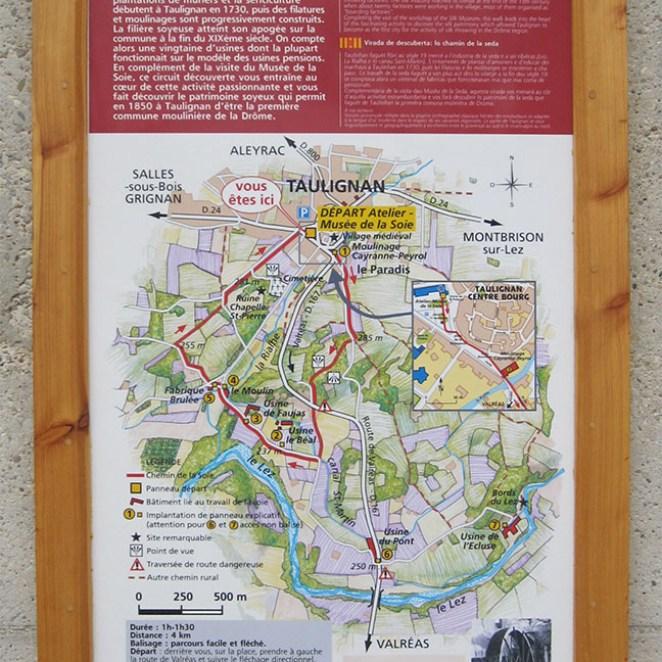 Panneau départ chemin de la Soie Taulignan (26)