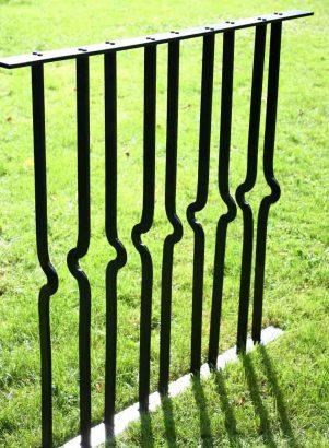 Effektfulla smidesstaket av Silas Metallkonst i Uppsala