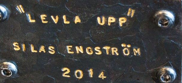 """""""Levla upp"""" en konstnärlig smidesgrind av Silas Metallkonst i Uppsala"""