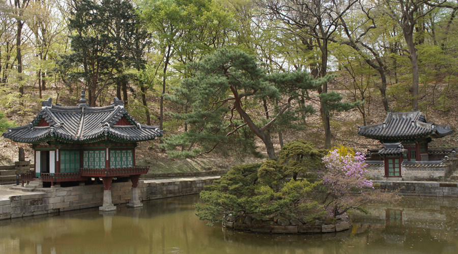 chang-gyeong-gung-secret-garden-biwon-01
