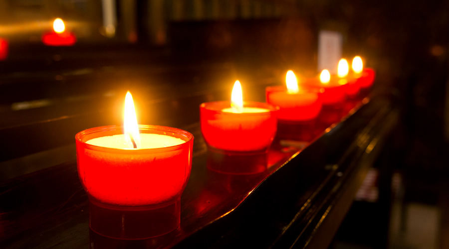 2014-europe-london-westminster-cathedral-4-candle
