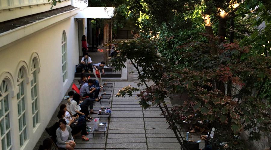 2015-05-23-linda-mcCartney-restrospective-photo-exhibit-daelim-museum-seoul-korea-04