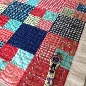 Trimming another fatquartershop lellaboutique gooseberryfabrics layercakecheckmatequilt happy Thursday!