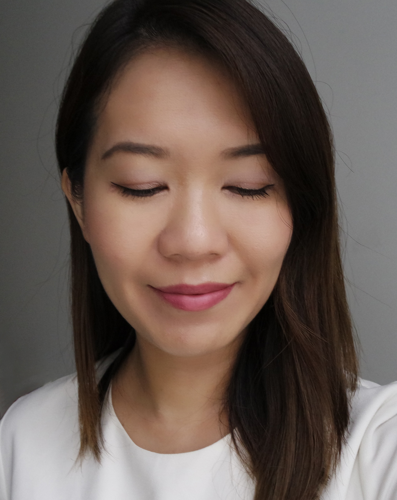 Benefit They're Real Lusty Rose & Naughty Neutral makeup look