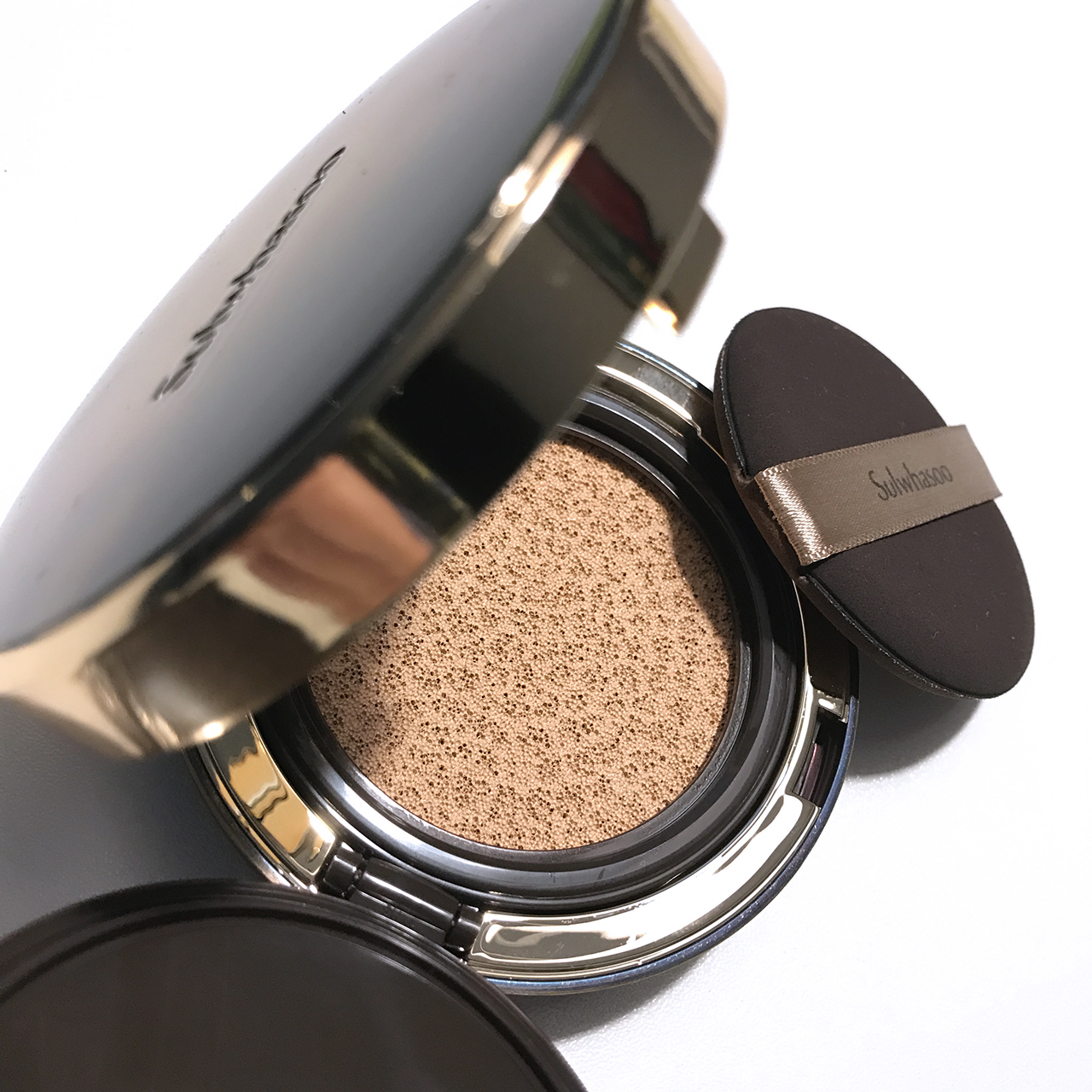 Sulwhasoo Perfecting Cushion Intense interior