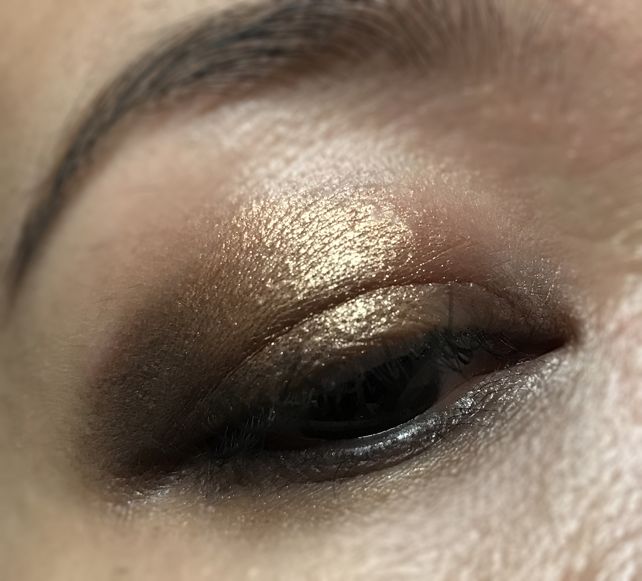 Marc Jacobs Eye-conic Multi-finish Eye Palette Glambition eye makeup look