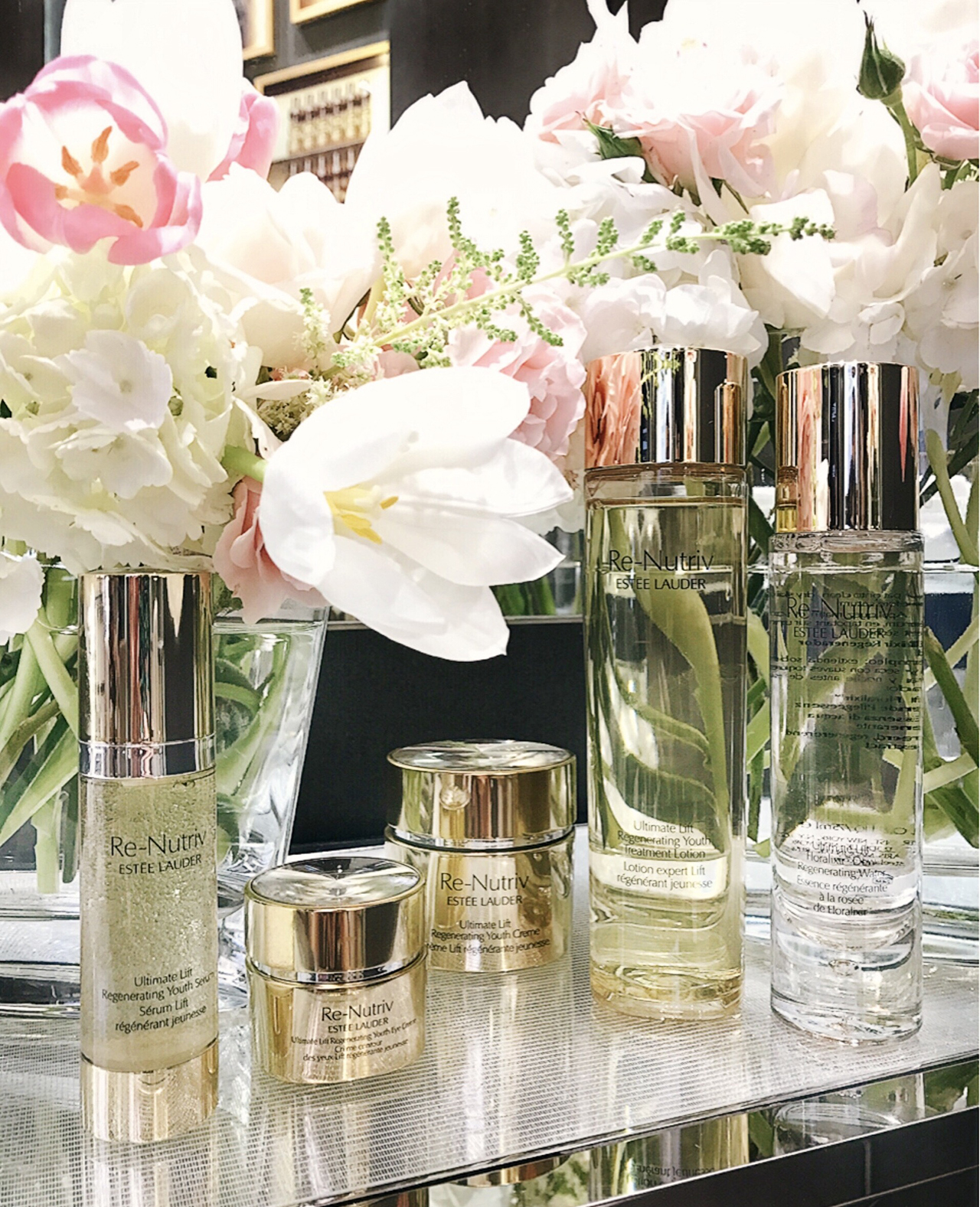 Estee Lauder Renutriv Ultimate Lift Regenerating Youth Collection