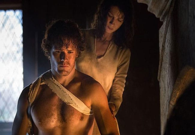 Jaime and Claire in Outlander Photo: Starz