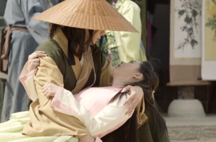 Ah-Ro-meets-Moo-Myung-Hwara