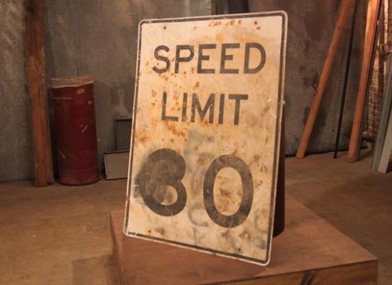 BP_Flea-Market-Flip-305H-Speed-Limit-Sign-Shelf-Before_s4x3_lg