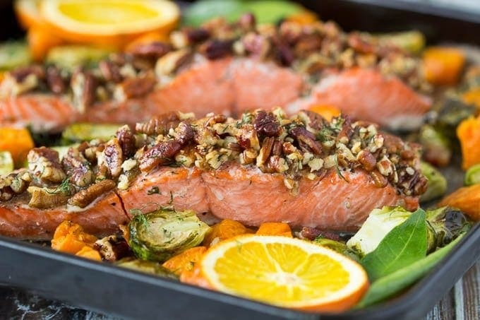 oven-baked-pecan-crusted-salmon featured