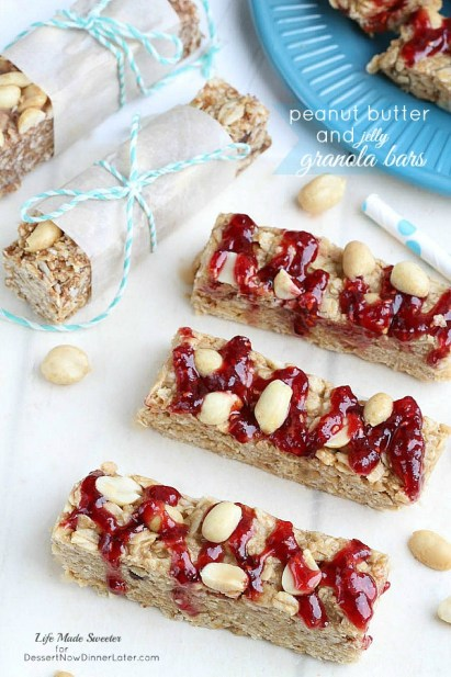 Peanut-Butter-and-Jelly-Granola-Bars-@LifeMadeSweeter
