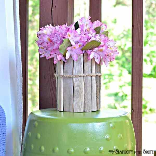 upcycle a glass jar into a driftwood vase