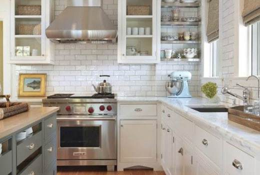 Subway tile with grey grout