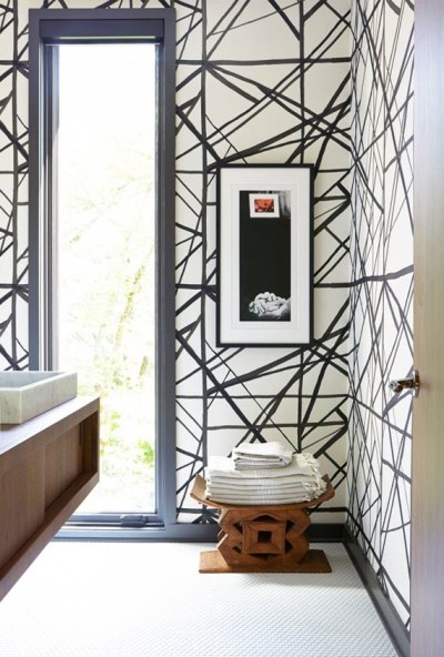 bathroom-black+white+wallpaper-Kelly+Wearstler - Simplified Bee