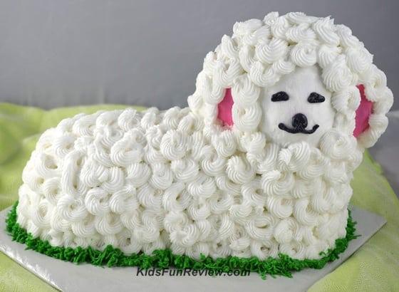 stand-up-lamb-cake