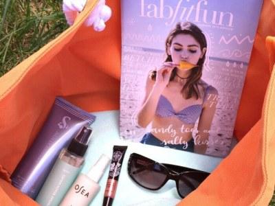 FabFitFun: What's in my Beach Bag