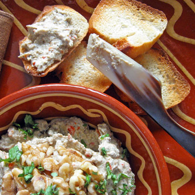turkish eggplant dip with walnuts