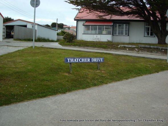 thatcher-drive-malvinas