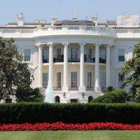 Permiten sacar fotos a los turistas dentro de la Casa Blanca